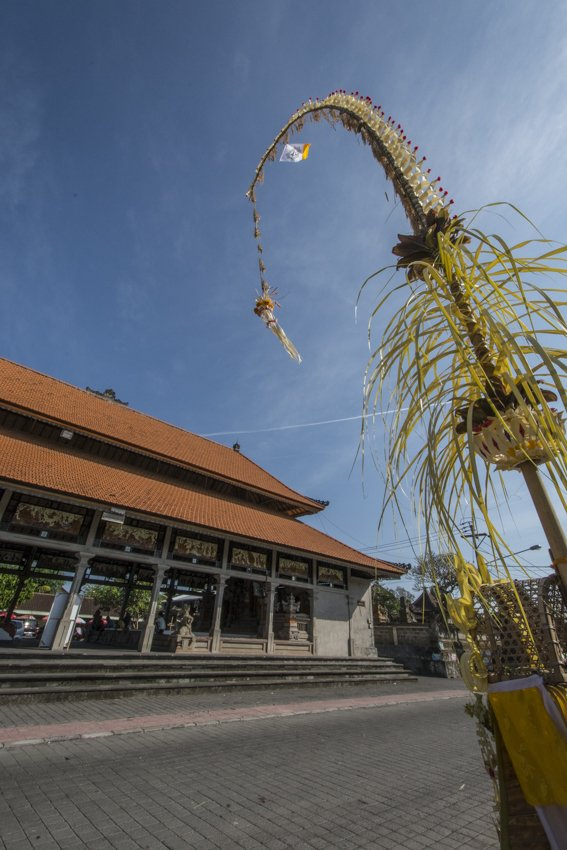 Batuan Temple in Ubud (Bali), decorated for the Galungan festivity