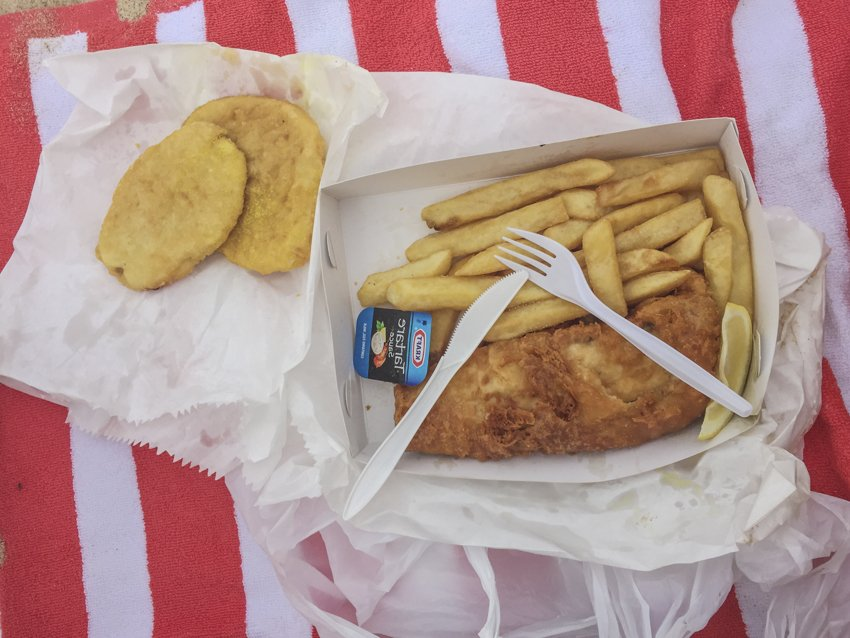 Fish and chips picnic, summer day trip from Sydney